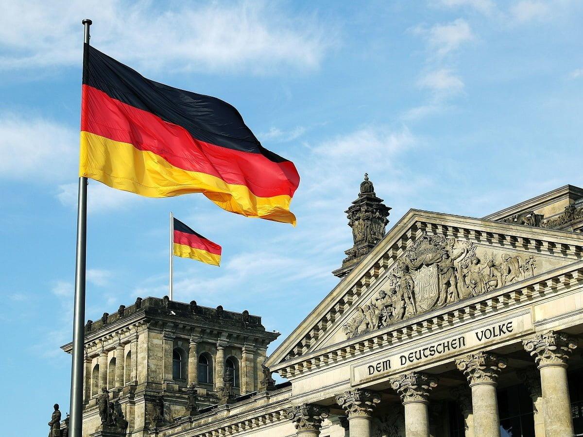 Fintech-Bank in Deutschland mit globalem Investment zum Verkauf
